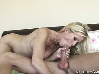 Simone Sonay & Richie Black in My Friends Hot Mom big ass blonde hd